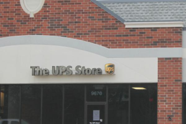 United Parcel Service, Inc. (UPS) Downgraded by Vetr Inc