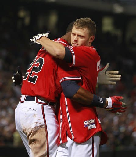 Throwing error in 9th sends Braves over Nationals