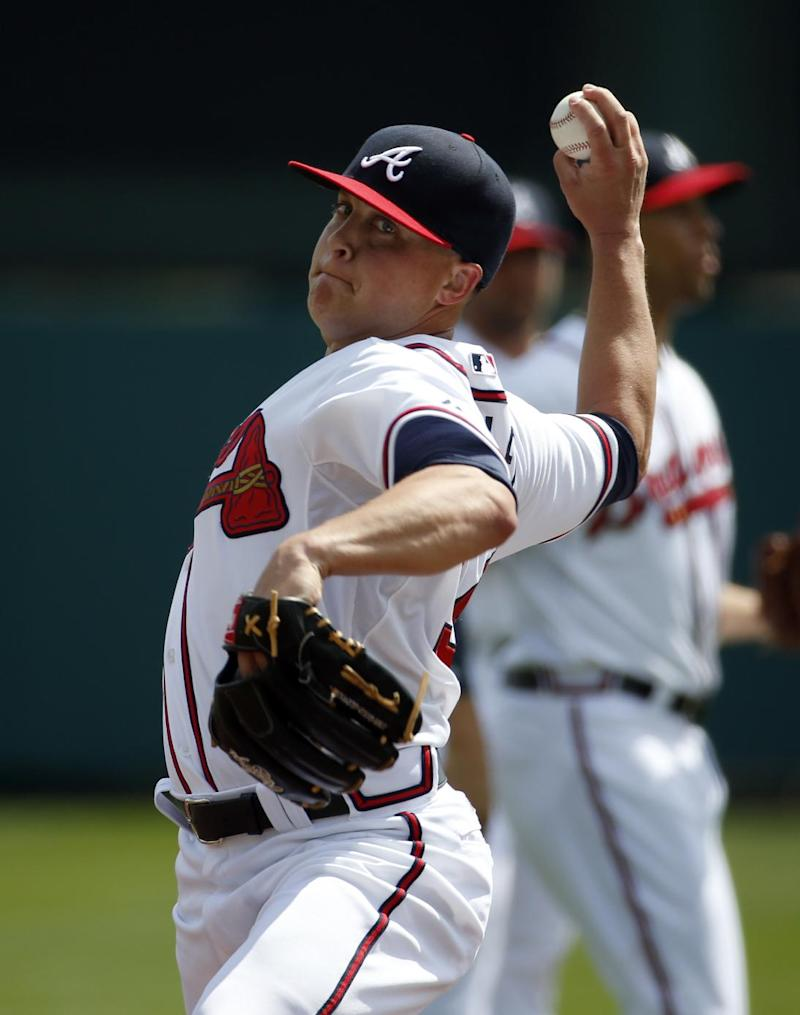 Medlen heading to surgery, Beachy still uncertain