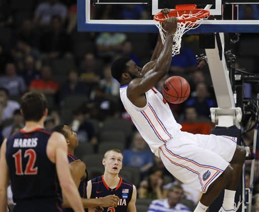 Beal, Prather lead Gators to 71-45 win over Cavs