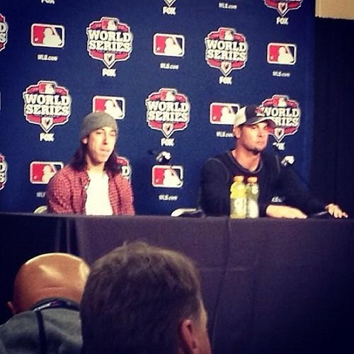 The odd couple addresses the press #giants via @KevinKaduk