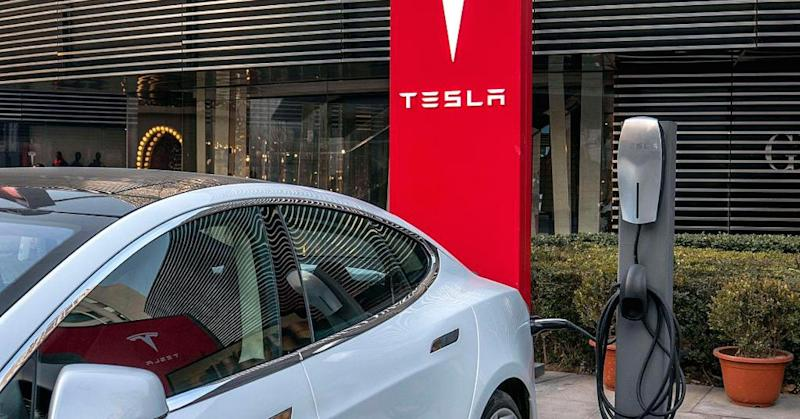 Tesla recalling 7000 charging adapters