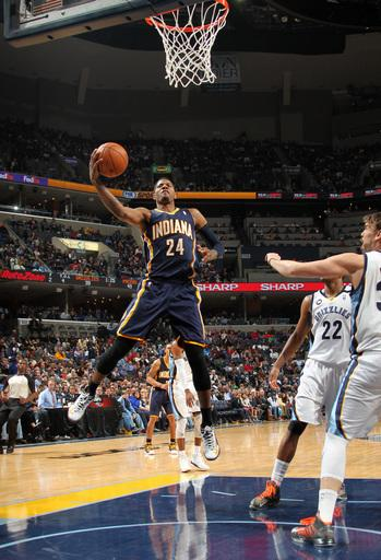 Pacers hold on to defeat Grizzlies 82-81