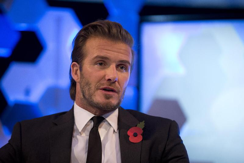 Report: Beckham's son trains at Man United