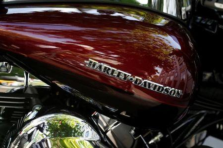 Large Inflow of Money Detected in Harley-Davidson