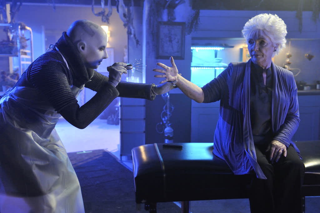 "Trenna Keating as Doc Yewll and Fionnula Flanagan as Nicky in the ""Defiance"" epsiode, ""The Bride Wore Black."""