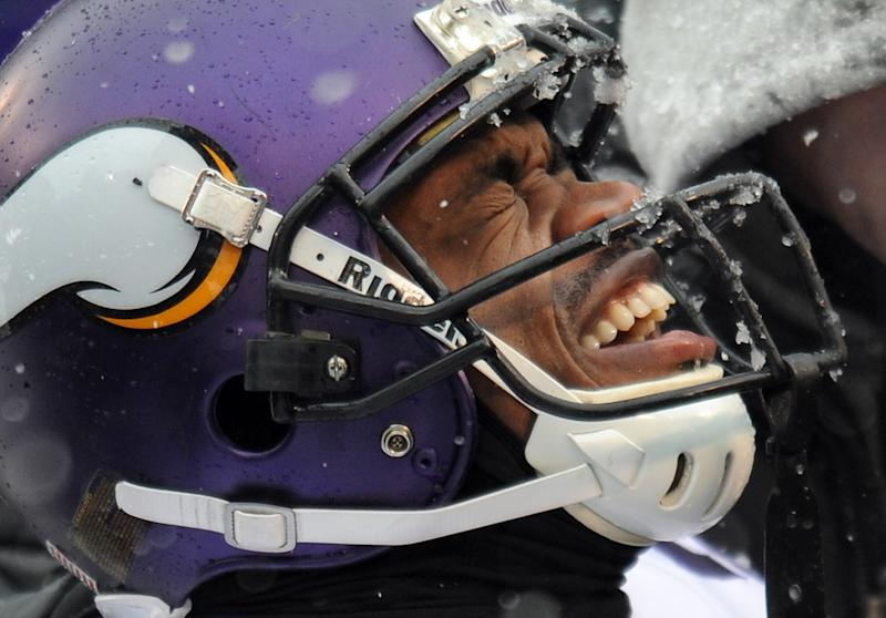 Peterson injury tops list in painful Vikings loss