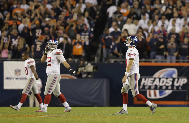 Bears stop skid, beat winless Giants 27-21