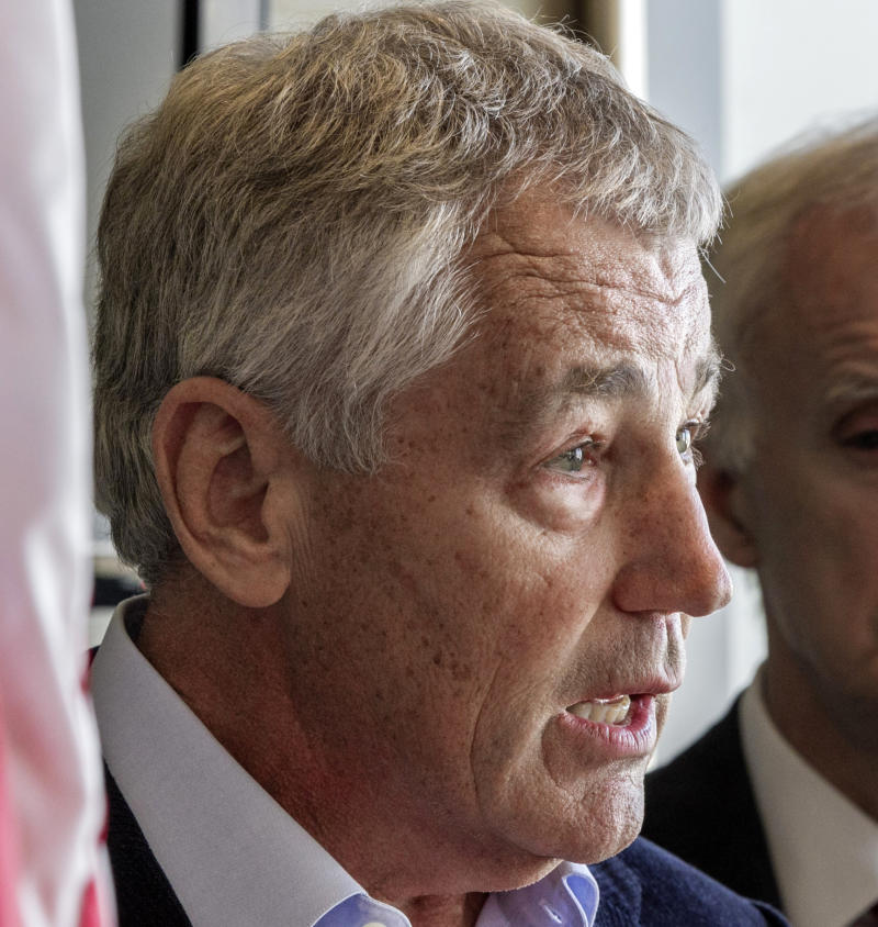 Pentagon front-runner has strong Obama ties