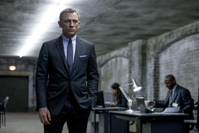 James Bond's closet hits a lot of timeless looks