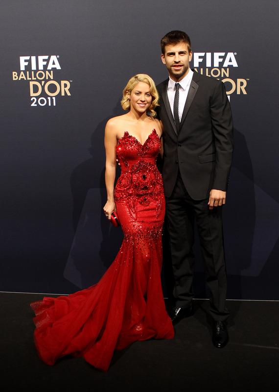 ZURICH, SWITZERLAND - JANUARY 09:  Gerard Pique of Barcelona with Shakira during the red carpet arrivals for the FIFA Ballon d'Or Gala 2011 on January 9, 2012 in Zurich, Switzerland.  (Photo by Scott Heavey/Getty Images)