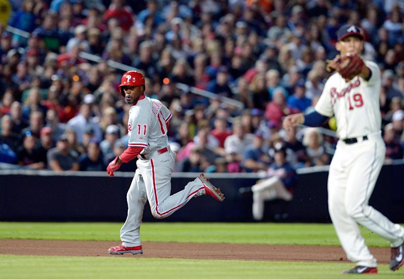 Johnson, Pendleton hot after Braves lose to Phils