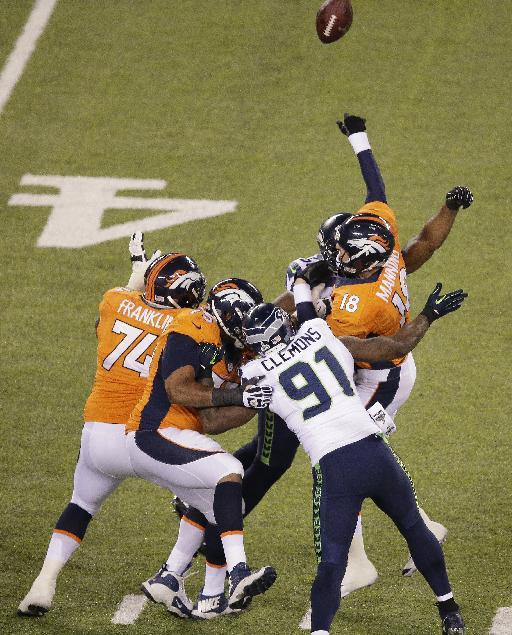 Key Play: Smith returns Manning's INT for TD