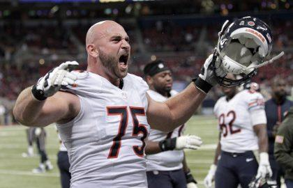 Bears hand Pro Bowl guard Kyle Long multi-year extension