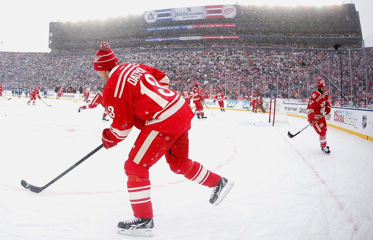 ANN ARBOR, MI - JANUARY 01: Pavel Datsyuk #13 of the Detroit Red Wings warms up prior to the start of the 2014 Bridgestone NHL Winter Classic at Michigan Stadium on January 1, 2014 in Ann Arbor, Michigan. (Photo by Gregory Shamus/Getty Images)