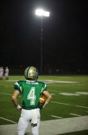 Newtown returned to the football field and honored Sandy Hook victims — Twitter