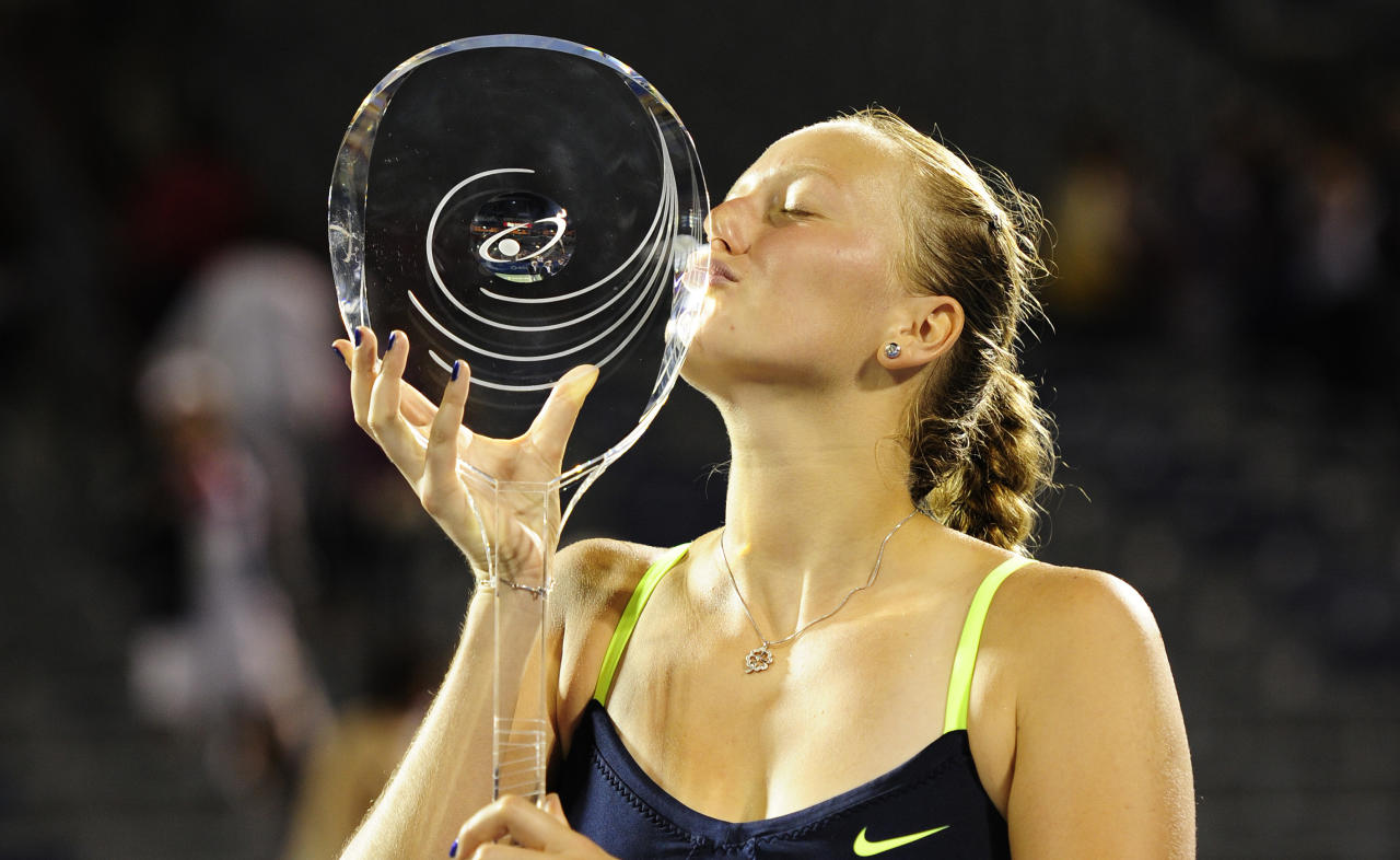 MONTREAL - AUGUST 13:  Petra Kvitova of the Czech Republic kisses the winner's trophy after defeating Li Na of China in the single's final of the Rogers Cup at Uniprix Stadium on August 13, 2012 in Montreal, Quebec, Canada.  (Photo by Robert Laberge/Getty Images)