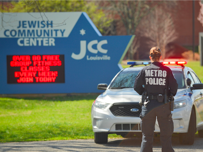 Israeli teen arrested in connection with threats to Jewish community centers