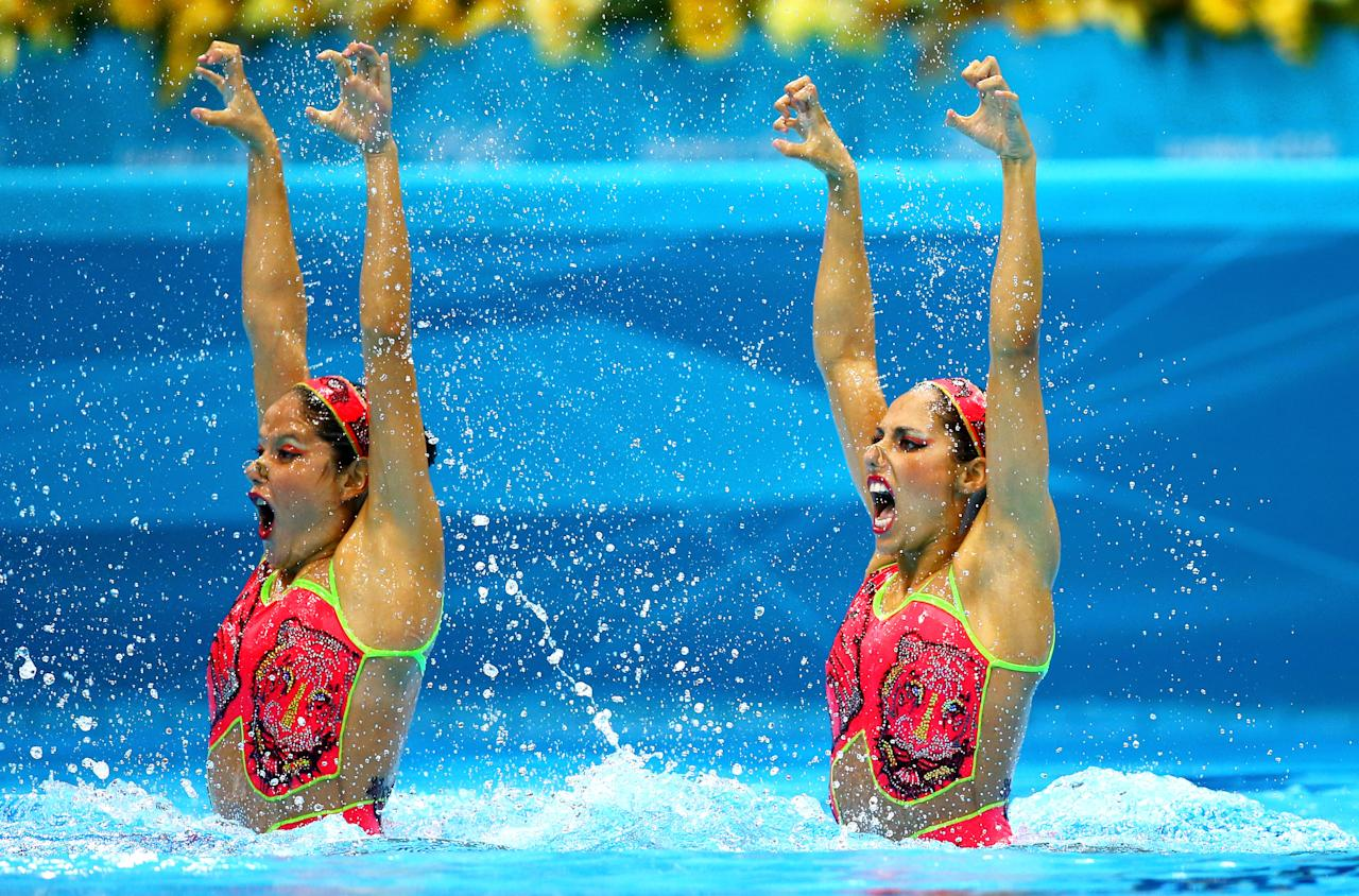 LONDON, ENGLAND - AUGUST 05:  Sona Bernadova and Alzbeta Dufkova of the Czech Republic compete in the Women's Duets Synchronised Swimming Technical Routine on Day 9 of the London 2012 Olympic Games at the Aquatics Centre  on August 5, 2012 in London, England.  (Photo by Al Bello/Getty Images)