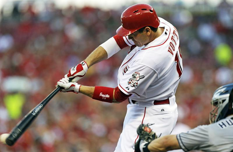 Reds beat Padres in 13 innings on Votto's sac fly