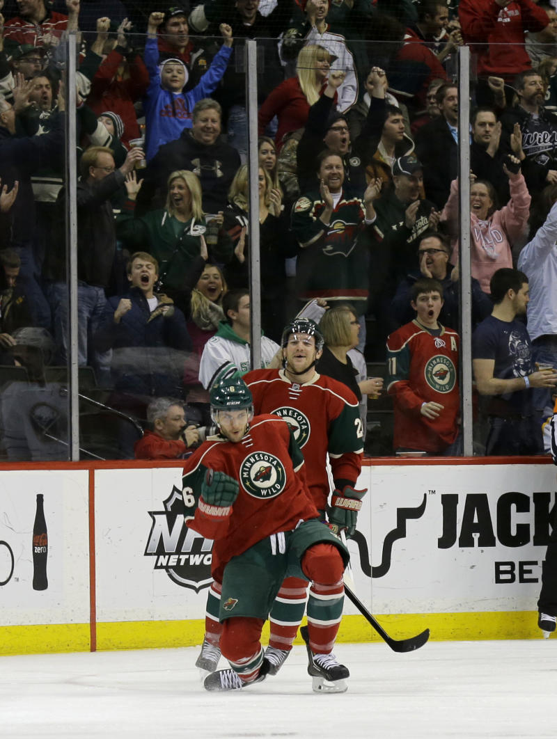 Wild stops skid with 4-1 win over Sabres