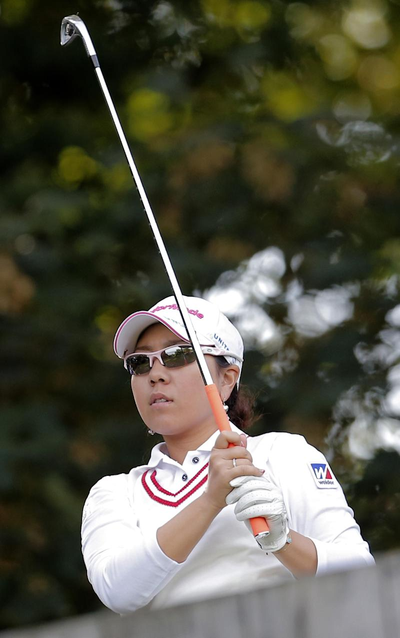 Miyazato leads Evian by a shot with a round left