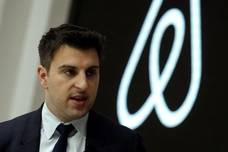 Airbnb makes a late play for China