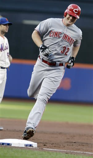 Cincinnati Reds' Jay Bruce (32) runs the bases after hitting a three-run home run during the first inning of a baseball game against the New York Mets, Saturday, June 16, 2012, in New York. (AP Photo/Frank Franklin II)