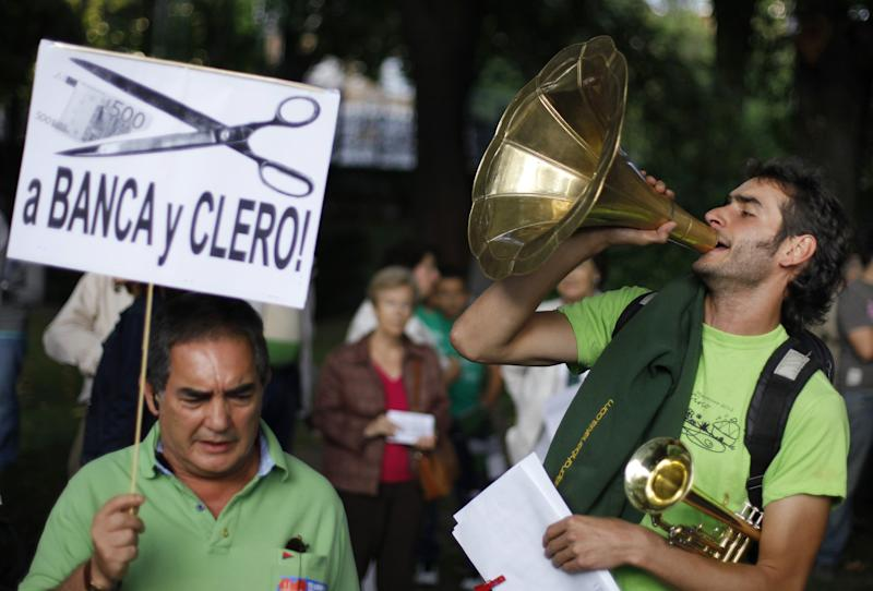 Large anti-austerity protest in 56 Spanish cities
