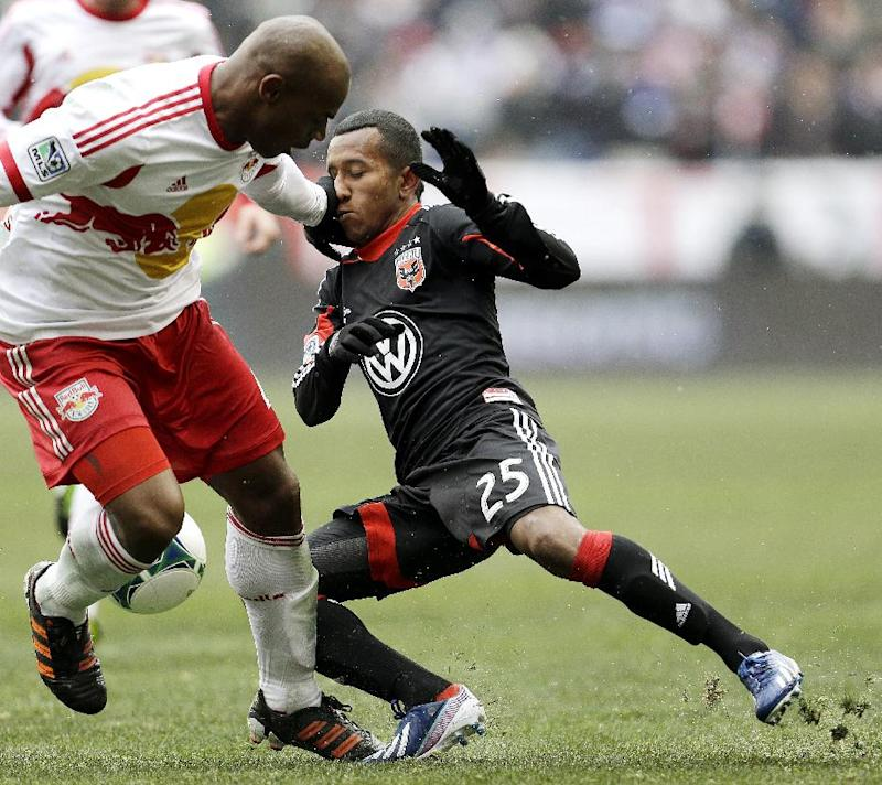 Red Bulls sign D Jamison Olave to new contract