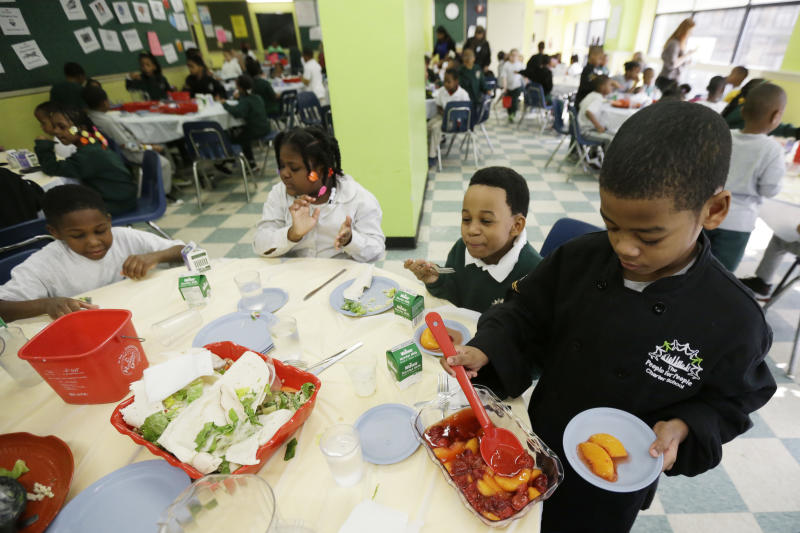 Phila. school lunches: Goodbye fries, hello fennel