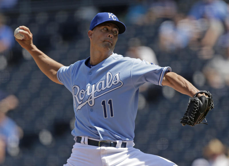 Royals rout Rays 11-1 in makeup of May snow-out