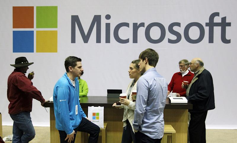 Review: Microsoft email better, not revolutionary
