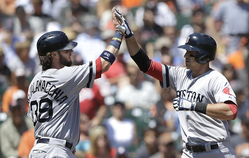Drew, Middlebrooks homer as BoSox top Giants 12-1