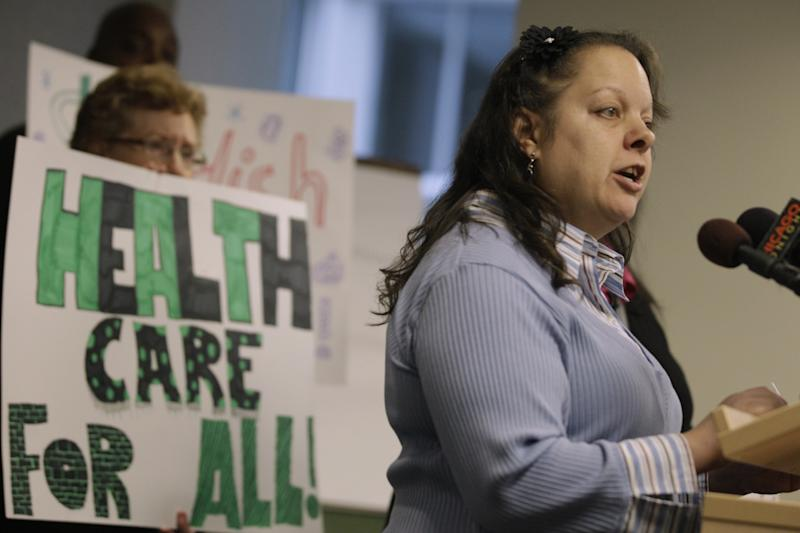 Uninsured patients sue Chicago nonprofit hospital