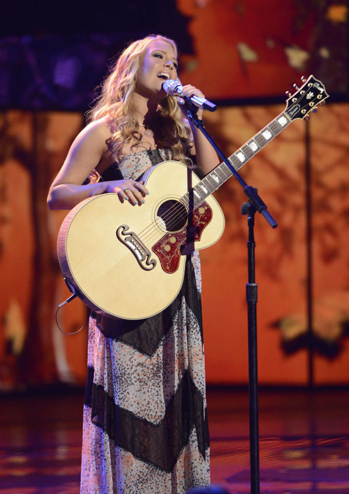 """Janelle Arthurr performs """"When I Call Your Name"""" on the Wednesday, April 17 episode of """"American Idol."""""""