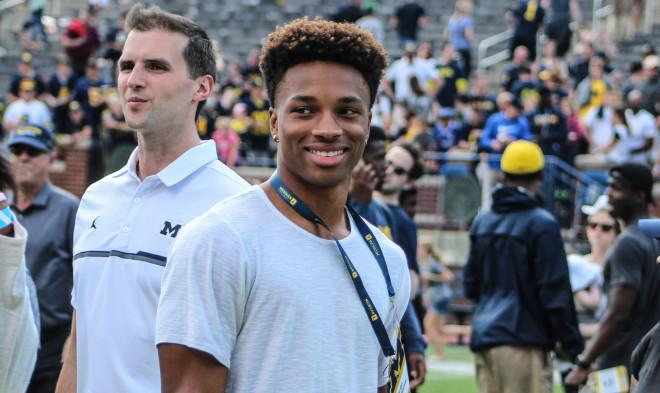 It's MI or UCLA for QB Dorian Thompson-Robinson