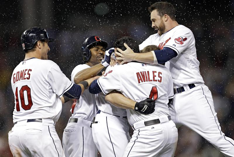 Indians win to close within half-game of wild card