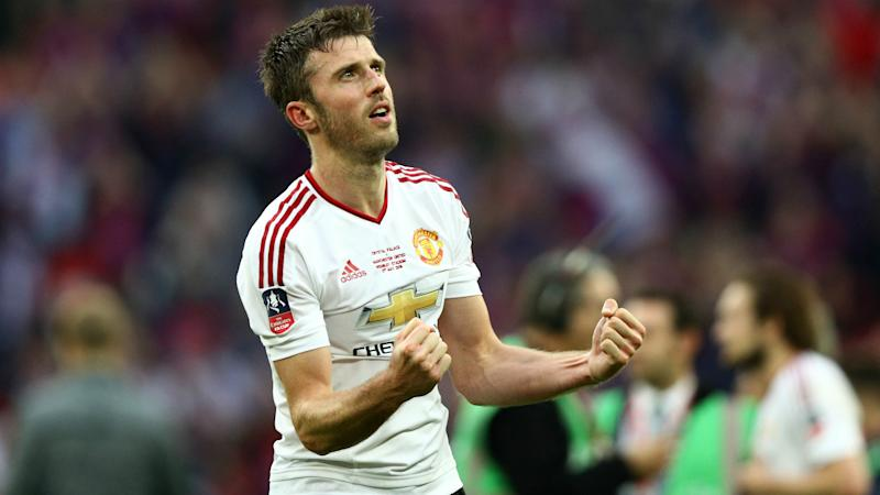 Too early to write off Man United from title race - Carrick