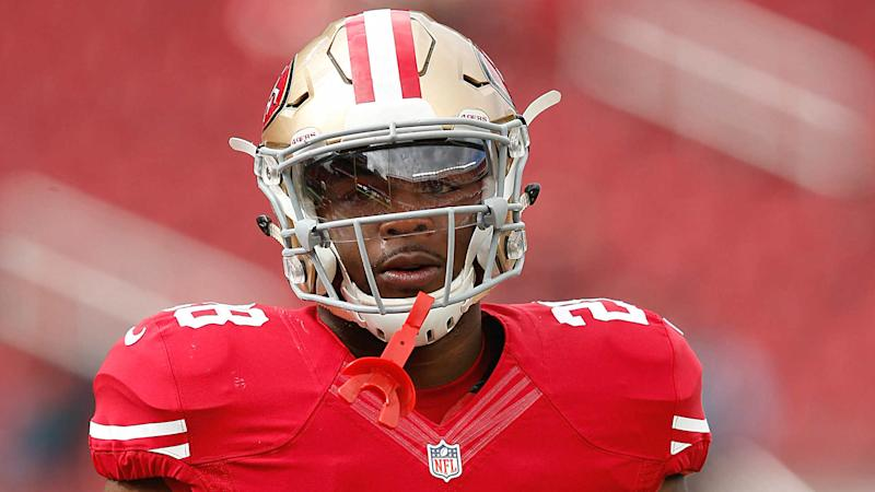 Carlos Hyde suffers concussion against Packers