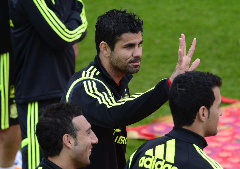 Costa leads Spain attack against Dutch at WCup