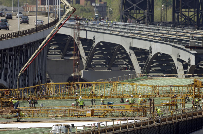 US construction spending up 0.5 percent in May