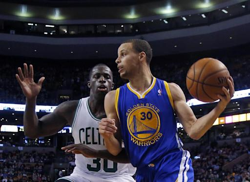 Injury won't sideline Warriors' Curry against Mavs
