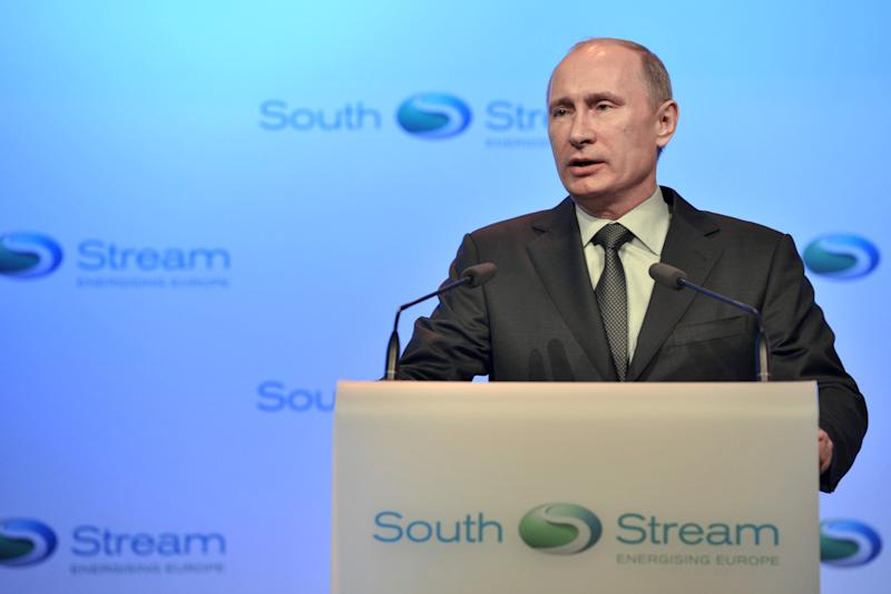 """Russia fumes at US bill as """"reset"""" plan takes hit"""