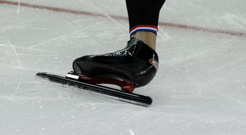 Mulder twins lead another Dutch speedskating sweep