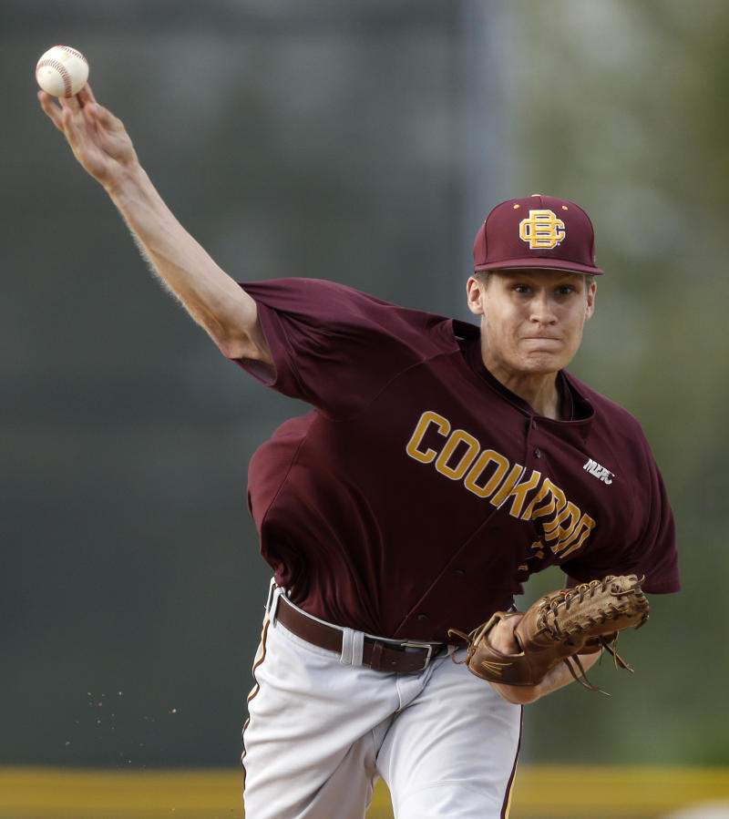Miami beats Bethune-Cookman on wild pitch in 9th