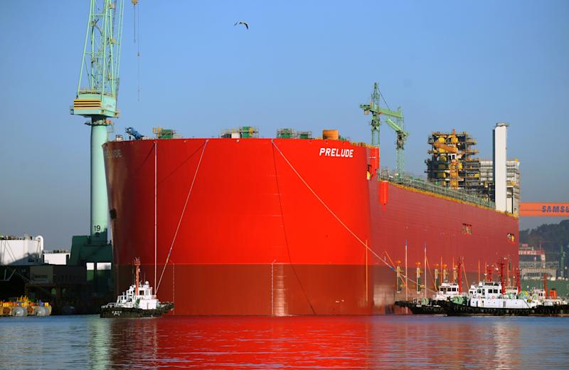 Shell floats hull of enormous rig