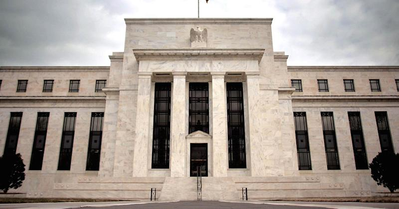 Fed: US consumers have decided to 'hoard money'