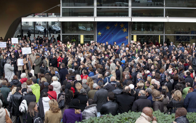 EU workers strike over possible budget cuts