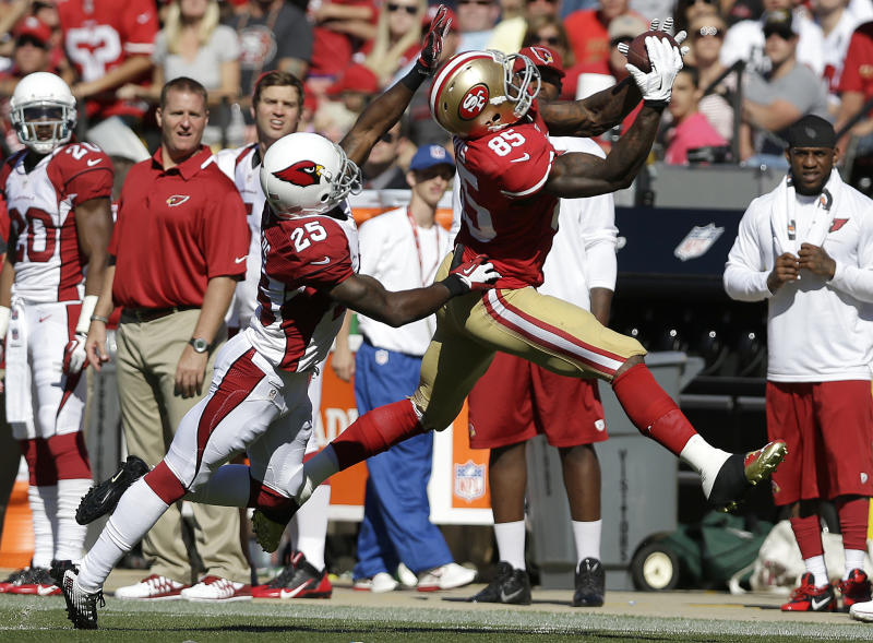 Big day by Davis lifts 49ers past Cardinals 32-20